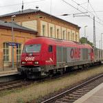 Eine ER20 von OHE an Bahnsteig 1 in Richtung Dessau am 25.09.2013