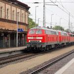 Am 11.06.2009 bestand der PBZ nur Triebfahrzeugen. Zuglok waren 218 832+839, dann 2mal BR 111 und Schluss 143 813.