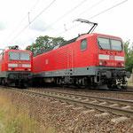 Zugkreuzung in Baitz am 29.06.2007 – 143 868 und 556