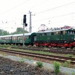 Am 20.05.2007 um 05:35 Uhr stand der Sonderzug Abfahrbereit in Belzig. Er wurde von 244 044 abgeholt.