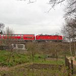 143 233 mit RE 7 nach Dessau an km 65,8 am 04.04.2008