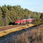 Diese Aufgabe übernahm nach der Elektrifizierung Die BR 143. 143 111km 35,0  am 29.11.2011