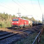 Am 29.11.2011 traf ich 185 173 mit Kesselwagen in Richtung Beelitz Heilstätten an km 35,6 und lichtete sie ab.