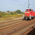 363 821 wartet in Brück auf Ausfahrtssignal nach Seddin am 22.09.2009