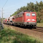 140 374 passiert die ehemalige Blokstelle Lüsse an km 60,0 am 26.04.2007