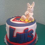 figura 3d conejo cruz azul