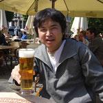 ラトビア、リガでのアフタヌーンビール。
