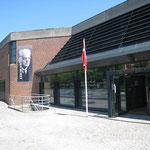 そのオーデンセにあるカールニールセン博物館。 ホールも併設され、ここでカールニールセン国際ヴァイオリンコンクールも行われています。