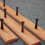 pegs und Leiste müssen nicht aus dem gleichen Holz bestehen ...