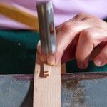 Arbeit: Vernageln mit Kupfernägeln
