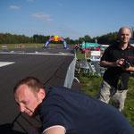 Horstl und Jochen am Streckenrand!