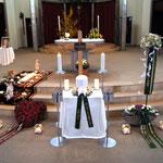 Aufbahrung Urne 1 in der Kirche