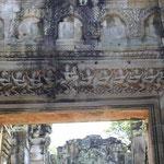 apsaras en el salon de bailarines del Templo de Preah Khan
