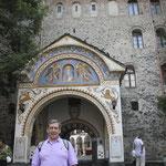 puerta de Samokov, acceso oriental al Monasterio de Rila