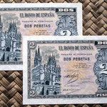 España 2 pesetas 1937 (96x66mm) pk.104 pareja correlativa anversos