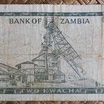 Zambia 2 kwachas 1969 (135x70mm) pk.11c reverso