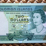 Islas Salomon 2 dollars 1977 anverso