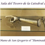 Reliquias de la sala del Tesoro Catedral de Echmiadzin