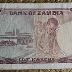 Zambia 5 kwachas 1973 (145x72mm) pk.15a reverso