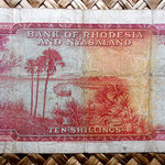Rodesia y Nyasalandia 10 shillings 1961 reverso