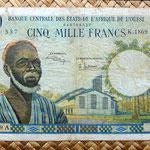 Costa de Marfil 5000 francos 1966-77 anverso