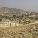 Plazo Oval y Templo de Zeus -Jerash