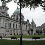 El City Hall de Belfast, exteriores y jardines