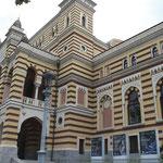 Teatro Nacional de la Opera de Tbilisi frente