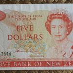 Nueva Zelanda 5 dollars 1981-85 (150x74mm) pk.171a anverso
