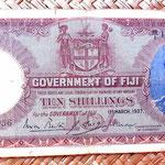 Islas Fiji colonia británica 10 shillings 1937 anverso