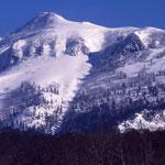 武尊山剣ヶ峰の姿
