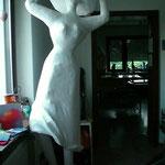 AtelierMo Workshop Nana Pappmaché - Figur Höhe 2.00 meter