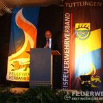 Bürgermeister Jürgen Buhl bei seiner Ansprache