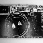 """""""Nikon"""" Troquelado en trupan esmalte plateado y tinta oleográfica 42cm X 28cm"""