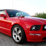 Ford Mustang GT Cabrio mit Smartwax Wachs plus Smartdetail Sprühwachs