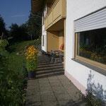 Blick auf die Terrasse von der FeWo. Heigl in Amesberg5, im Viechtacher Land - Bayerischer Wald - Arber Land, Urlaub, Reisen