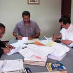 Pastores Firman el Contrato de Renta con el Sr. Medina