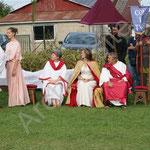 Probus demande à l'empereur de bénir son union avec Paulina.