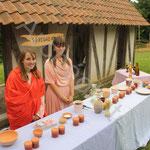 Océanne et Cassandra présentent la cuisine romaine