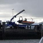 """""""Ölwehr 3"""" des THW geht zu Wasser © FF.Cuxhaven-Duhnen"""