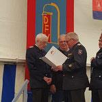 Ehrung für 40 Jahre Mitgliedschaft in der Feuerwehr © FF.Cuxhaven-Duhnen