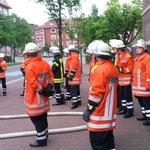 Erste Versuche mit Strahlrohren © Freiwillige Feuerwehr Cuxhaven-Duhnen