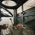 Korrosionsarbeiten in der Fahrerkabine © FF.Cuxhaven-Duhnen