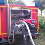 Die Tragkraftspritze im Betrieb, sie kann auch komplett aus dem Fahrzeug entnommen werden / © Freiwillige Feuerwehr Cuxhaven-Duhnen