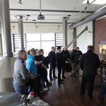 Guide Jens erläutert die Herstellung von Bier  © Freiwillige Feuerwehr Cuxhaven-Duhnen