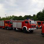 Die Fahrzeuge sind aufgestellt © FF-Duhnen