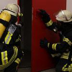 Sprühstöße zum Herunterkühlen der Raumtemperartur © Freiwillige Feuerwehr Cuxhaven-Duhnen