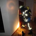 Türöffnung mit dem Halligan-Tool © Freiwillige Feuerwehr Cuxhaven-Duhnen