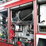 Geräteraum mit Schaum- und Pulver-Schnellangriff © Freiwillige Feuerwehr Cuxhaven-Duhnen