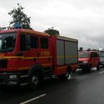 Warten an der Elbefähre Glückstadt - Wischhafen © Freiwillige Feuerwehr Cuxhaven-Duhnen